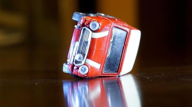Kfz Versicherung Unfall Bei Probefahrt Wer Haftet Im Schadensfall